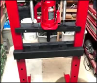 How to make a cheap hydraulic press at home for truck repair - pressing out auto parts